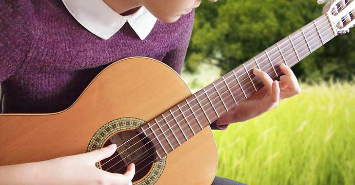 buying guide for classical guitars