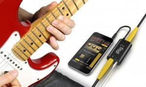 How to play electric guitar through smartphone
