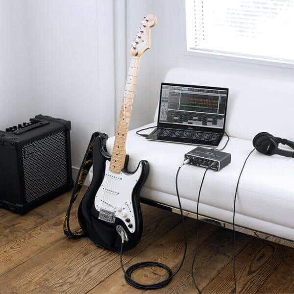Play Electric Guitar Without an Amp
