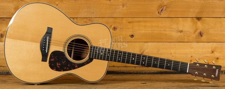 Construction Features of the Yamaha LS26 Acoustic Guitar