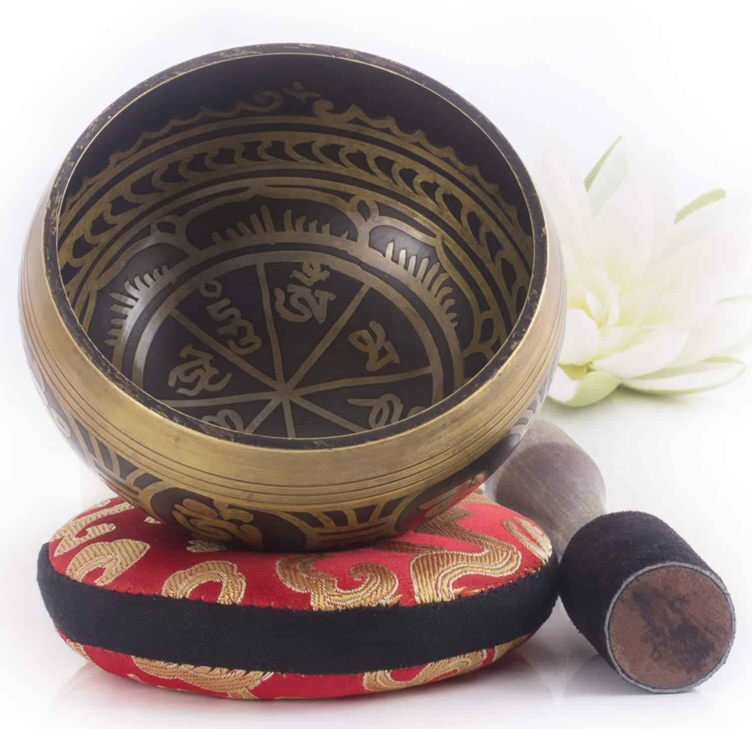 Silent Mind, tibetan singing bowl set (1)